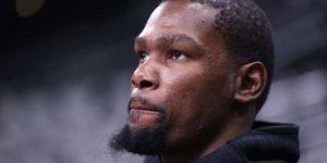 Kevin Durant hatasını kabul etti ve özür diledi.